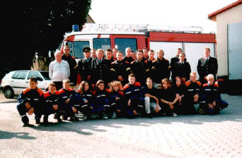 Übergabe Gerätehaus 1998
